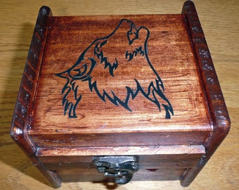 Rustic wood box with wolf outline - Musical