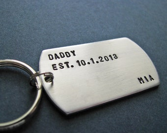 custom daddy dog tag key chain - personalized Father's Day gift