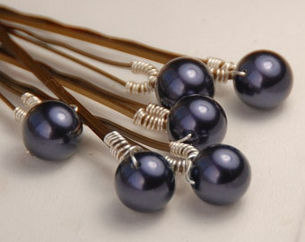 Dark Purple Pearl Bobby Pins, Swarovski Dark Purple 8 mm Crystal Pearls on Bronze Hair Pins, Set of 6, Wedding Hair Pins, Purple Hair Pin