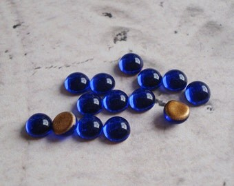 Vintage 5mm Dark Sapphire Blue Gold Foiled Flat Back Round Glass Cabs or Stones (24 pieces)