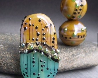 MruMru Handmade Lampwork Glass Bead Earring Pair plus Focal TRIO. Sra