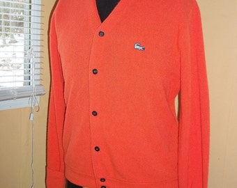 Mens Izod of London Vintage 60s 70s V Neck Alligator Logo Cardigan Sweater Brilliant Coral Orange Acrylic L