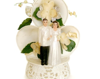 1950s Wedding Cake Topper Floral Trim Bride and Groom / Dove with Silver Bands / Horseshoes / Vintage Wedding
