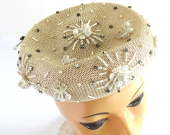 1950s Straw Mesh Tilt Hat with Beading and Rhinestone Embellishments / Size 22