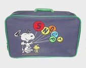 1960s Snoopy mini suitcase / vintage 60s luggage / Snoopy / Vintage Snoopy and Woodstock Mini Suitcase