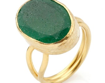 Green Oval Jade Ring, 925K silver coated 18K gold, big green stone ring, bright green ring, green jade ring, gold ring, emerald green ring