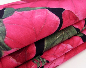 Christmas Poinsettia Cotton Napkins / Set of 4 / Deep Pink Rose Red Flowers, Green Leaves & Gold Thread / December Holiday / Gift Under 50