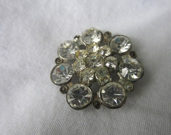 Vintage Button - 1 beautiful flower design large, rhinestone embellished, antique silver finish metal ( sept 56b)