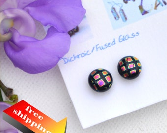 185 Fused dichroic glass earrings, round, pink squares on a black background with thin yellow rims