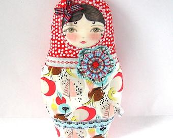 Babushka Doll, Textile Matryoshka Doll, Cute Cloth Doll, Nesting Doll Softie, Russian Doll Ornament