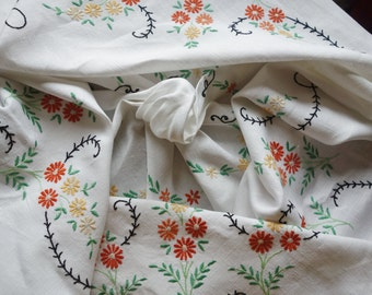 beautiful hand embroidered on linen orange daisy tablecloth46x46 inches