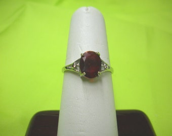 FREE SHIP size 8,  925 sterling silver red garnet faceted oval solitaire ring , BearlyArtDesigns Store