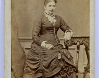 Well Dressed Lady from Stoughton Wisconsin CDV Mid-Late 1800's Carte De Visite 15505