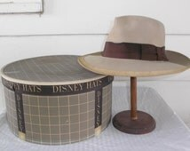 1940s Vintage Mr. Disney Gray Fedora Hat in Original Box Size 7