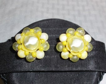 50s 60s Vintage Yellow Cluster Earrings Clip On Style Japan