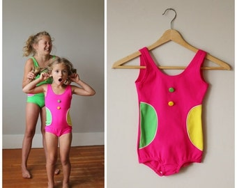 ON SALE NOS, 1960s Confetti Dot Swimsuit >>> Girls Size 5t/6, 8/10 or 10/12