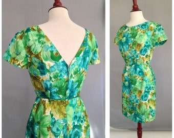 SALE..Floral Vintage V back 1950s Dress / VLV Mad Men, Pin Up, Wiggle Dress / Viva Las Vegas 50s Dress / Party Dress / Cocktail dress SMALL