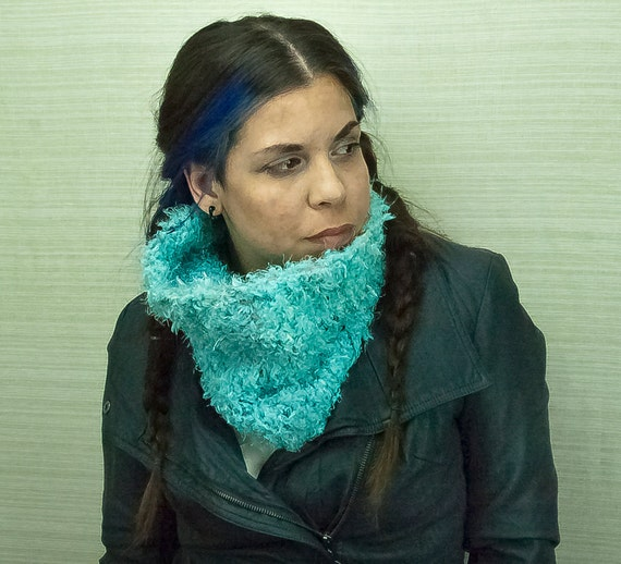 Fuzzy Scarf Teal  Circle Cowl