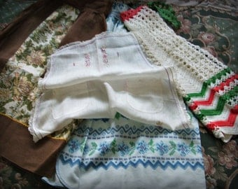 Vintage Aprons Lot, Brown organdy, 1 Embr Tea apron, Kitchen calico, hand crocheted, 4 Aprons