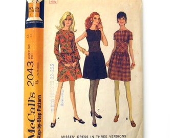 1960s Vintage Sewing Pattern - Misses' Mod/Retro Fitted Midriff Dress - McCall's 2043 / Size 14