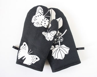 Butterfly oven gloves