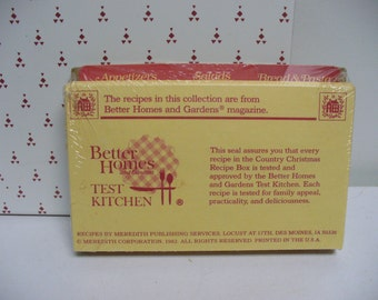 Recipe Cards and Dividers - 1982 - Better Homes Country Christmas Recipe Box