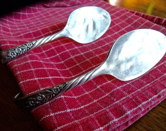 TIEBACKS-vinTage REcycled,fLaTTened matching Spoon small Tie Backs-1 pr Wm. Rogers Silver Overlaid Oneida LTE.-great 4 thin fabric curtains