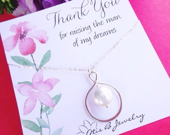 Mother in law necklace, wedding gift for mother in law, gift from bride to mother of the groom, briguysgirls, pearl necklace for mom, Otis b