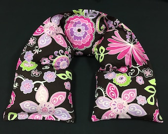 XL Heated Neck Wrap, Corn Heating Pad, Hostess Gift, Hot Cold Therapy Wrap - Bright Pink Floral on Dark Brown