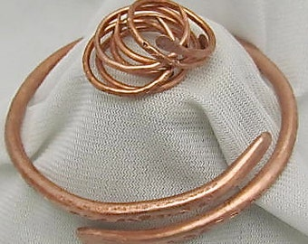 Copper Bracelet Bangle + Free copper Ring. Textured Copper Bracelet. Chakras Cuff. Arthritis Bracelet. Pure Copper Wristlet. ONSALE.