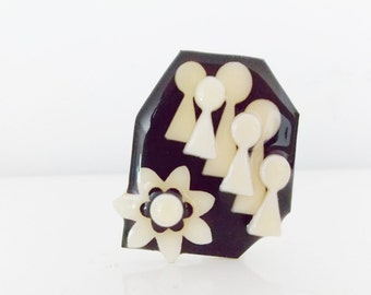 signed Modernist Abstract resin brooch / vintage 1980s 90s black and white pin