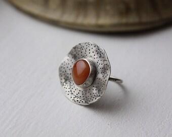 Carnie Poppy Ring - size 7.5