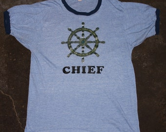 "Vintage ""CHIEF"" Glitter Sailing Boat Wheel Iron-On 70s Ringer T-Shirt"