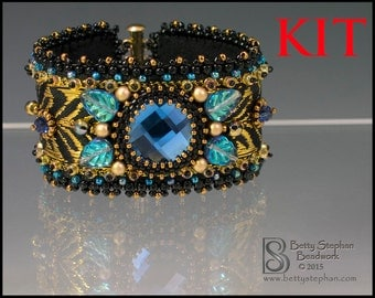 Totally Elegant Cuff Bracelet Kit blue