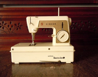 Vintage 1966 Children's Touch and Sew Singer Sewing Machine | Works | With Booklet