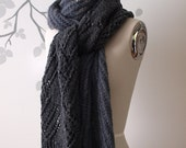 Dichotomy Scarf knitting pattern (PDF)