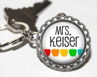 PERSONALIZED Teacher Apples Bottlecap Keychain - Teacher Gift, Teacher Appreciation, Thank You Gift, Back to School, End of the Year Gift