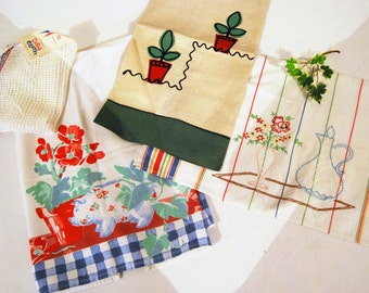 Vintage 1950's Kitsch Flowers Set of  Four