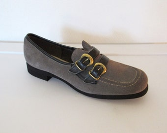 Women's Vintage 1960 - 70s Hush Puppies Shoes / Grey Suede Buckled Loafers / Size 7.5
