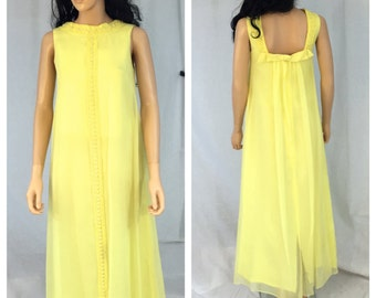 Vintage Yellow Evening Gown. Maxi Dress. X-Small. Small. Open Square Back. 1960s Dress. Bow. High Collar. Sleeveless. Lemon Yellow Dress.
