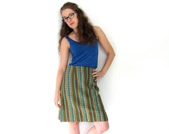 Mini Skirt 60s Boho Knit Skirt High Waist Bohemian Handwoven Southwestern Skirt Colorful Above the Knee Tweed Skirt SMALL Louannes Vintage
