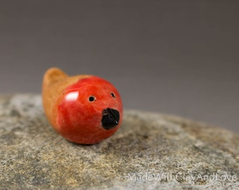 Little Robin - Hand Sculpted Miniature Ceramic Animal Terrarium Figurine