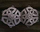 Round Celtic Knot Pewter Cloak Clasp