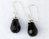 Wire-wrapped Black Onyx T...