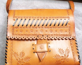 Tooled Western Leather Handbag - Pocketbook Purse, Tooled, Country, Cross Body