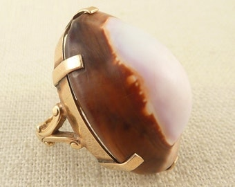 Size 6.5 Vintage 14K Gold Huge Pink and Brown Cowry Shell Ring