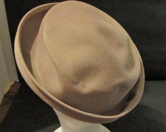 Gray Wool Felt  Ladies Hat Vintage 50's Marrimac Hat Corp