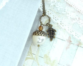 Acorn Necklace Autumn Jewelry Acorn Pendant Forest Necklace Acorn Jewelry Fall Necklace Woodland Jewelry