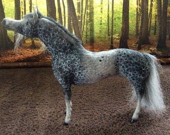 OOAK felt fabric model horse Arab 'River'