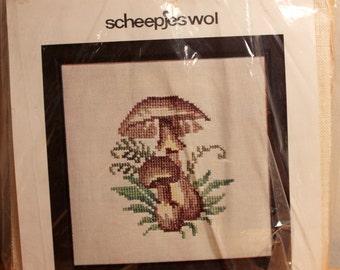 Scheepjes cross stitch mushroom duo #1562,13cmX13cm,chart&linen piece,mushroom cross stitch,mushrooms,mushroom duo,cushion,frame,hubbie